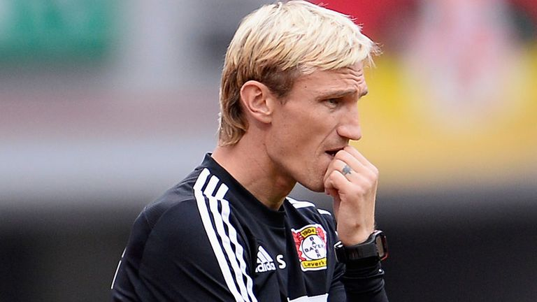 Sami Hyypia: Wants David Moyes to be given time
