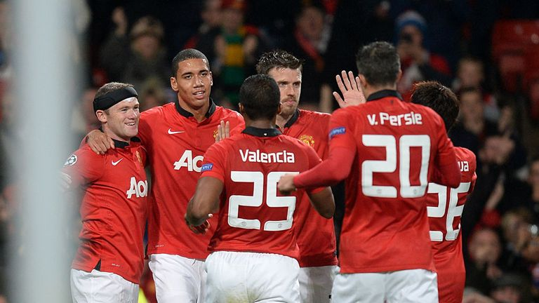 Manchester United celebrate as Wayne Rooney puts them on course for 4-2 victory