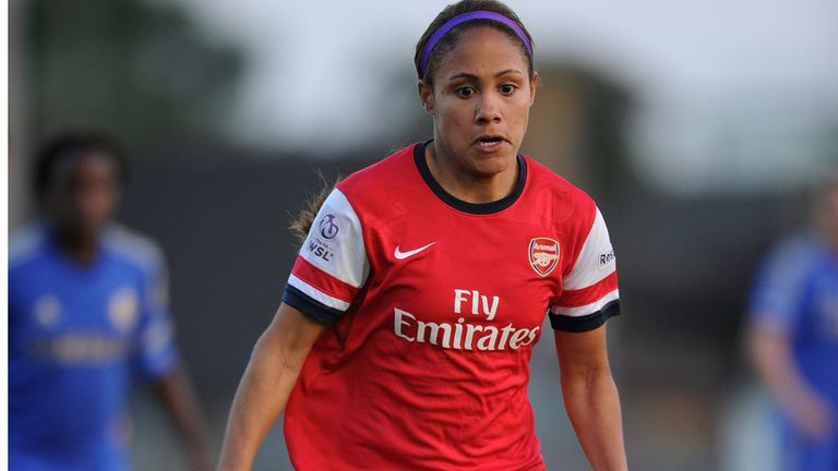 Alex Scott signs long-term contract with Arsenal