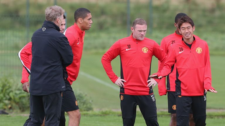 Shinji Kagawa: Manchester United midfielder speaks to David Moyes in training on Monday