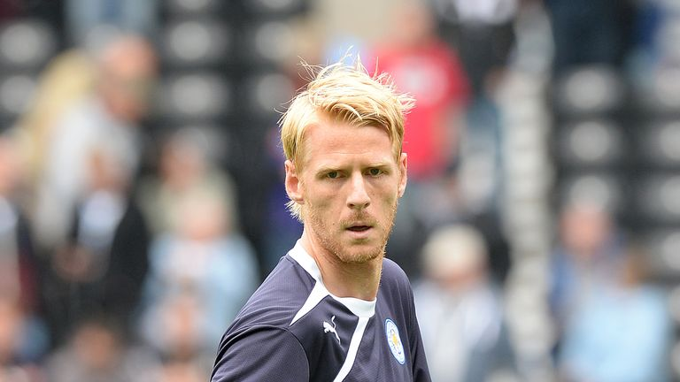 Zak Whitbread: Loaned to Derby by Leicester