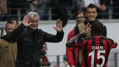 Armin Veh: Eintracht Frankfurt coach signs new defender