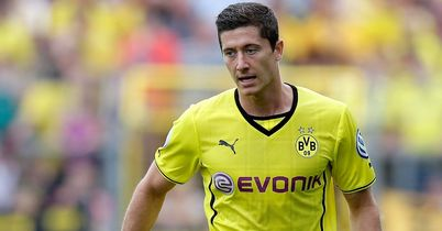 Robert Lewandowski: Free to speak to clubs in January