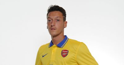 Mesut Ozil: Set for Arsenal debut