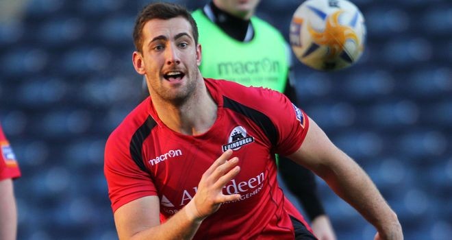 Perry Parker: Loan move to Ospreys for forward