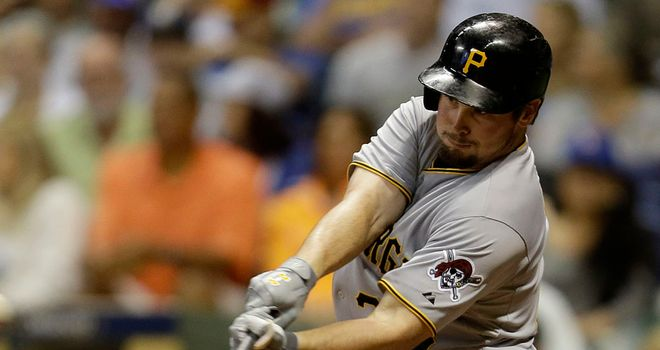 Travis Snider: Hit the winning home run for Pittsburgh Pirates