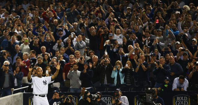 Mariano Rivera: Receives a standing ovation from the New York Yankees fans