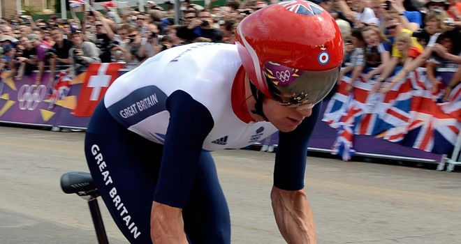 Sir Bradley Wiggins is looking to add the world title to his Olympic crown