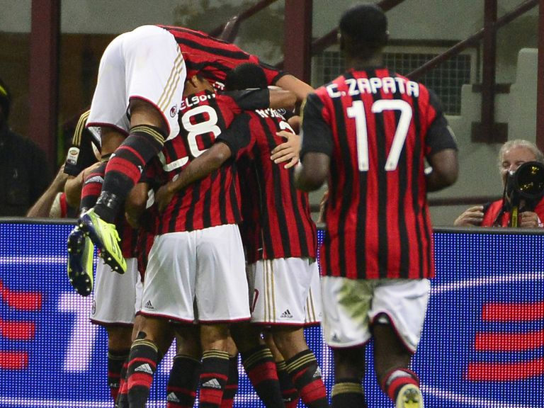 Milan celebrate against Sampdoria