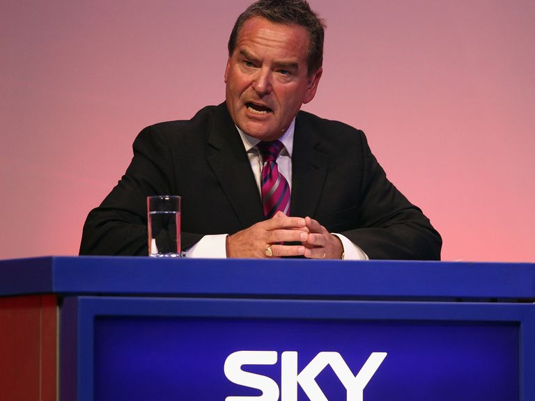 Jeff Stelling is ready for the Soccer Saturday Super 6.