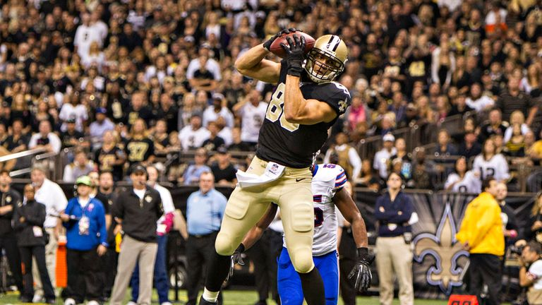 Jimmy Graham: Tight end or wide receiver?