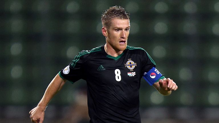 Steven Davis: Would like to see Michael O'Neill retained as manager