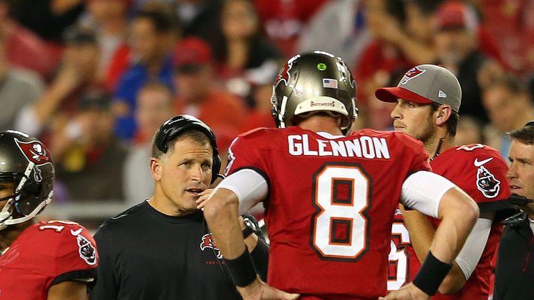 Tampa Bay Buccaneers coach Greg Schiano talks to Mike Glennon