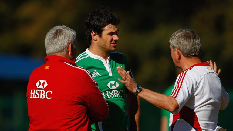 Mike Phillips (centre) was part of Gatland's (left) Lions squad for last summer's successful tour of Australia