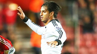 Bryan Ruiz: Fulham striker hopes to make progress from injury and in the cup