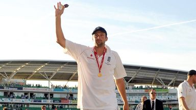 Steve Harmison played in a pair of Ashes series wins