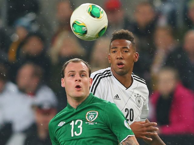 Eyes on the ball from Stokes and Boateng.