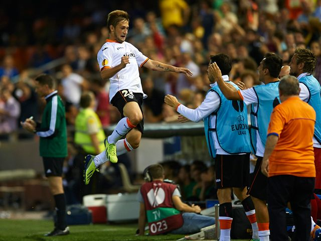 Fede Cartabia celebrates Valencia's second goal