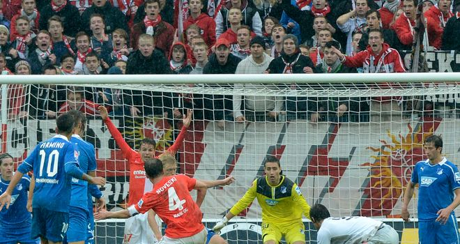 Mainz came from two goals down to draw 2-2