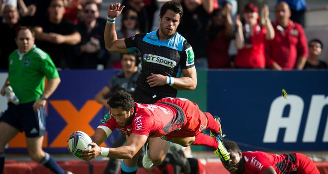 Maxime Mermoz dives over for one of four first-half Toulon tries