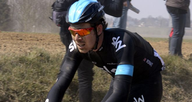 Luke Rowe believes Chris Froome can overcome the cobbles in next year's Tour de France