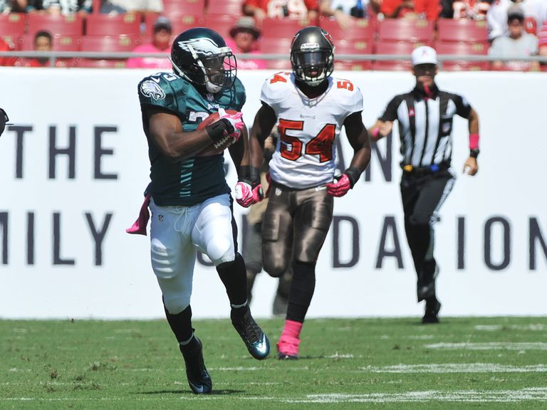 LeSean McCoy runs clear.