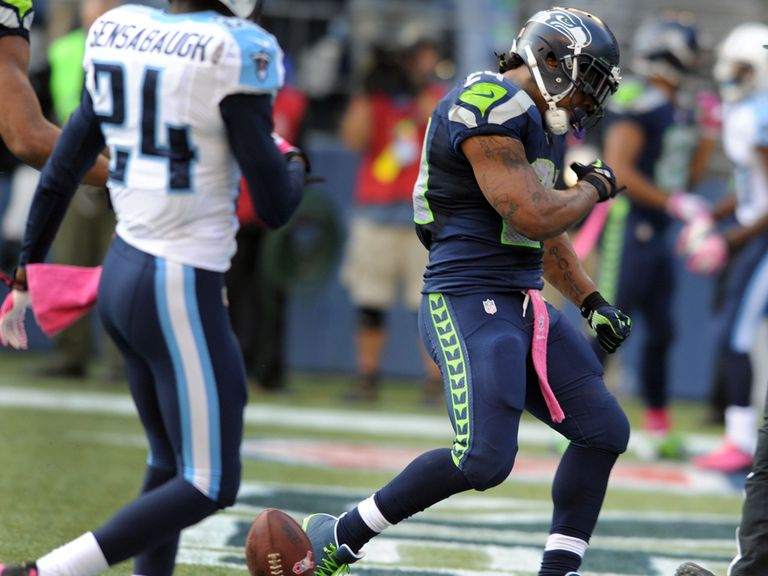 Marshawn Lynch celebrates a touchdown