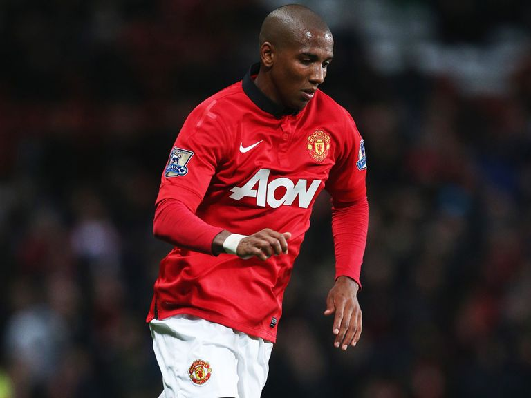 Ashley Young: United focused on defending title