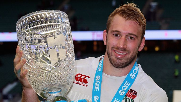 Chris Robshaw celebrates with the Cook Cup after win over Australia on Saturday