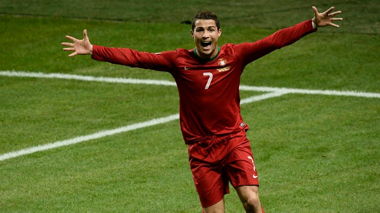 Ronaldo: Gibson is backing the Portuguese to win Ballon d'Or