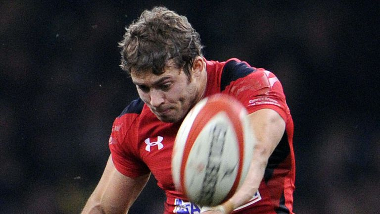 Leigh Halfpenny: Toulon target