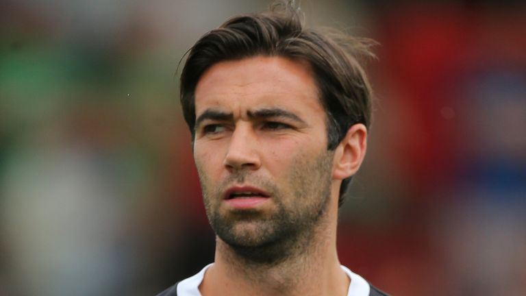 Simon Lappin: Sticking with the Blades