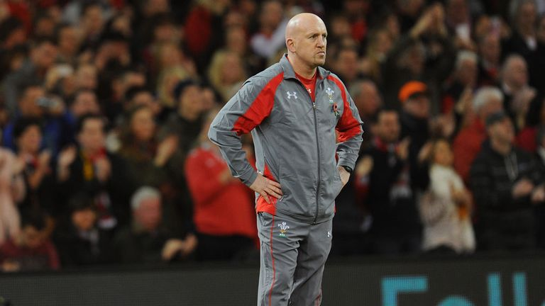 Shaun Edwards says Wales need to keep their discipline on Friday