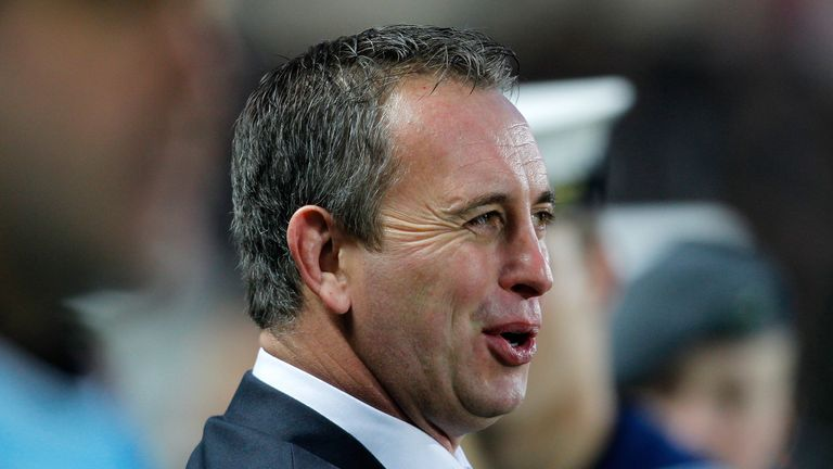Steve McNamara: England head coach is expecting a stern challenge from France