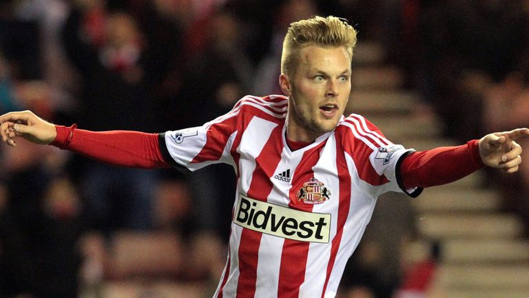 Sebastian Larsson: Sunderland midfielder confident of beating Manchester City