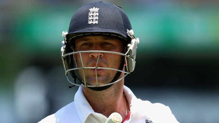 Jonathan Trott: Tough times ahead, says Luke Sutton