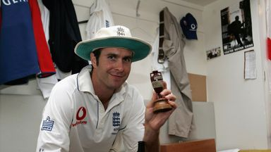 Michael Vaughan poses with the Ashes urn in 2005