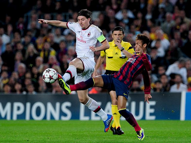 Montolivo and Neymar tangle.