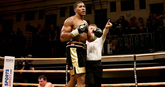 Anthony Joshua: Returns after minor injury setback