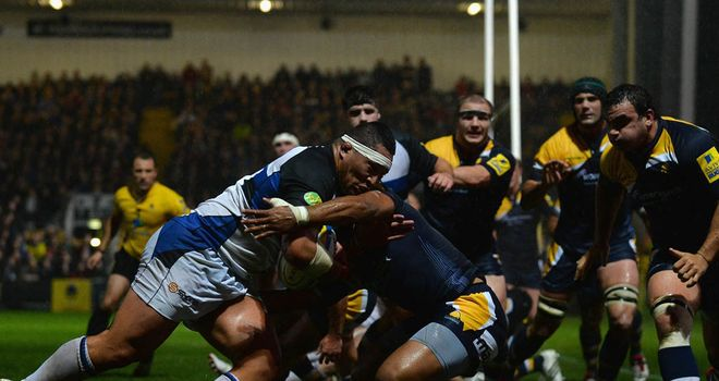 Anthony Perenise: The prop goes on the charge against Worcester Warriors