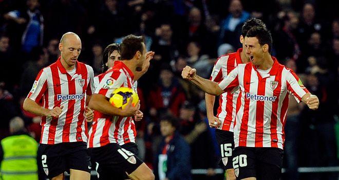 Athletic Bilbao celebrate Aritz Aduriz's equaliser