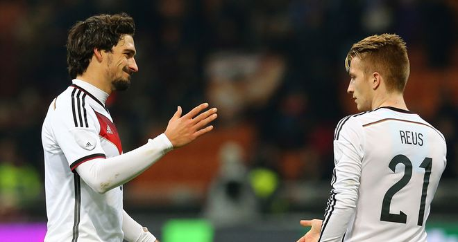 Mats Hummels: Celebrates his goal with Marco Reus
