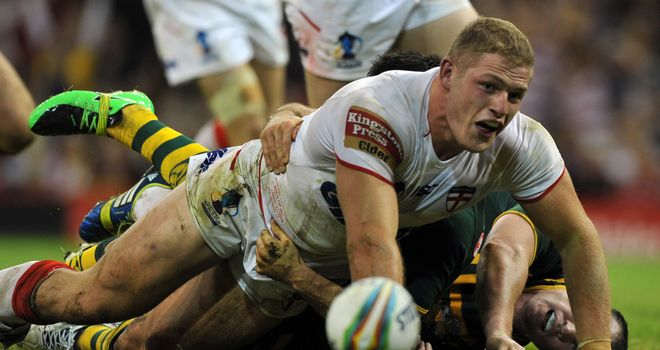 George Burgess: Knee injury has England prop concerned