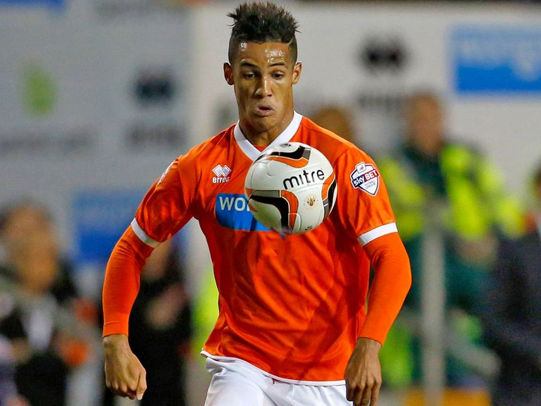 Tom Ince: Blackpool winger wanted by Swansea