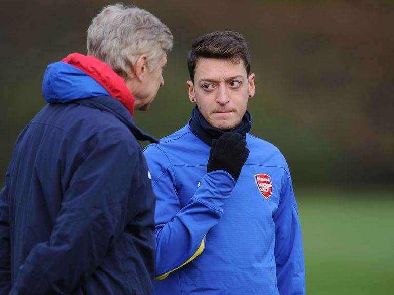 Arsene Wenger has full confidence in Mesut Ozil