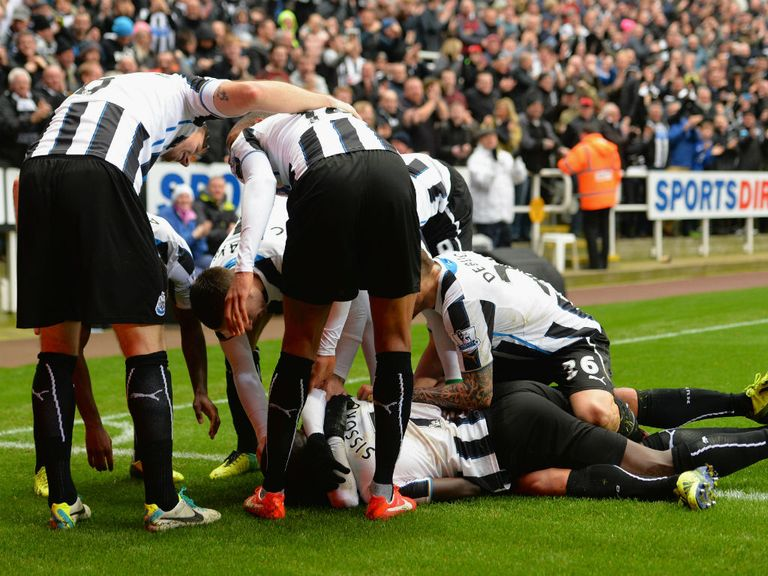 Newcastle are backed for a 2-0 victory over Norwich.
