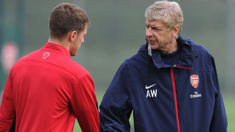 Aaron Ramsey: Hoping Arsene Wenger will sign new deal soon