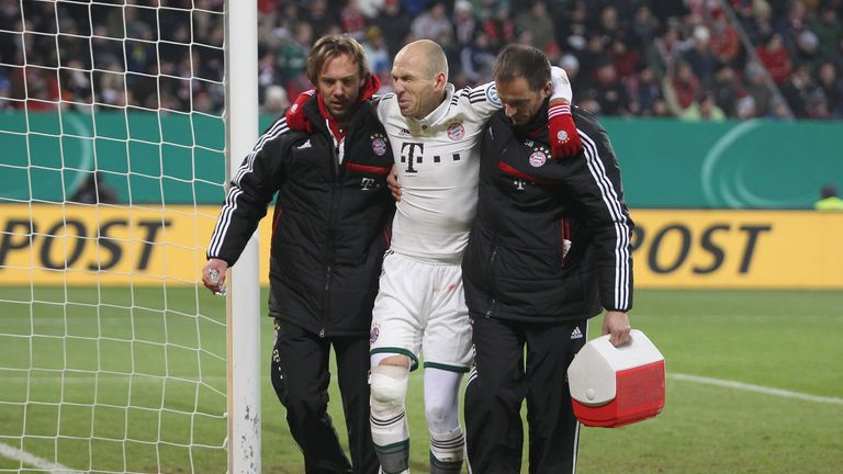 Arjen Robben: Picked up a knee injury