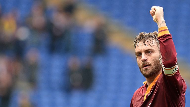 Daniele De Rossi: Roma midfielder glad he rejected Manchester United's summer offer