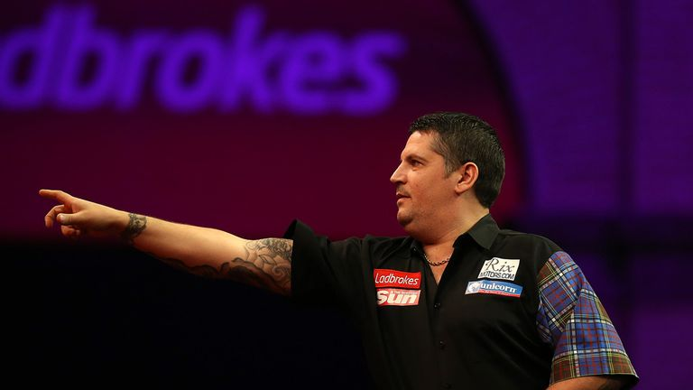 Gary Anderson: Dismantled Brendan Dolan 4-1 at the Alexandra Palace